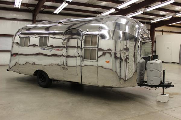 1955 Airstream Flying Cloud 22ft