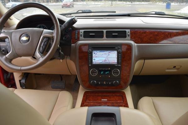 2014 Chevrolet Suburban 4WD LTZ-EDITION