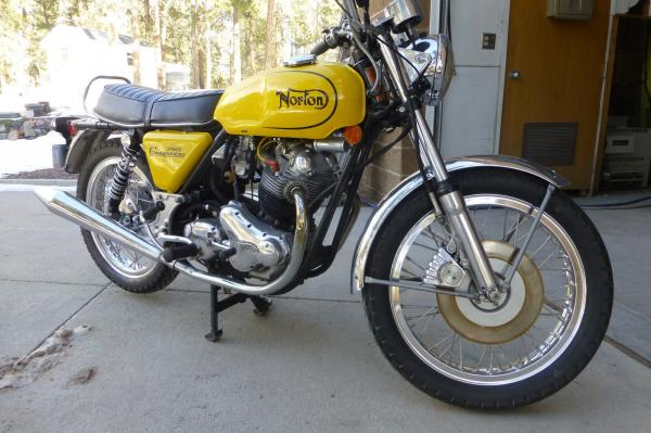 1973 Norton Commando 750