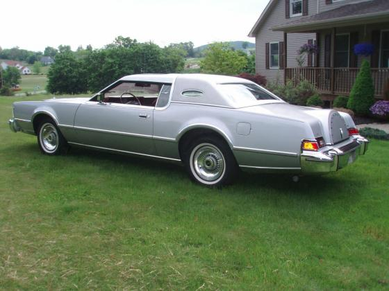 1975 Lincoln Mark IV Coupe
