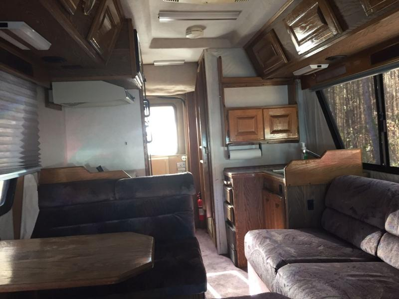 Motorhomes - 1994 Chinook Concourse 2100