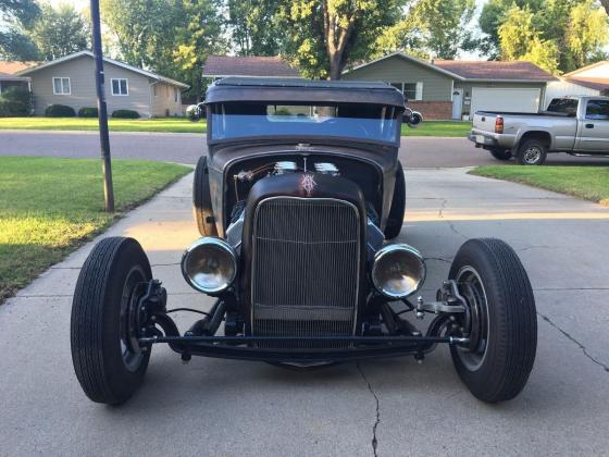 1931 FORD MODEL A COUPE HOT ROD HEMI