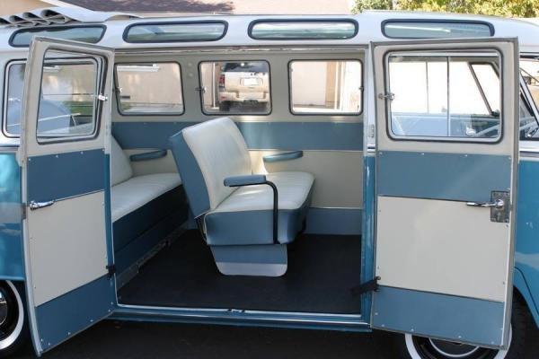 1965 Volkswagen Bus Vanagon Deluxe 21-Window