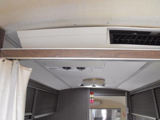 1971 Airstream Overlander 27'Travel Trailer