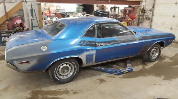 1971 Dodge Challenger RT 383 4-Speed Barn Find Survivor