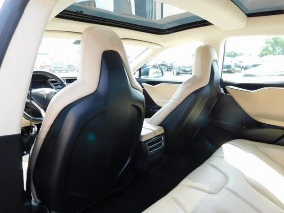 2016 Tesla Model S 75D - LOW MILES