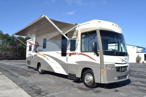 2007 Winnebago Voyage 35A Class A Chevy Workhorse Motor Home