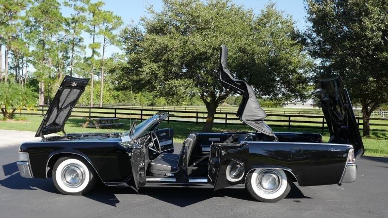 Cars 1965 Lincoln Continental Convertible Black