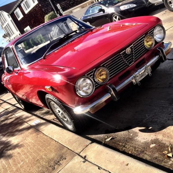 1974 Alfa Romeo GTV 2000 Bertone