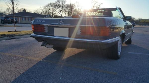 1986 Mercedes Benz SL 300 Automatic