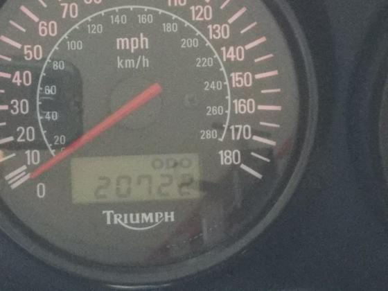 2001 Triumph Sprint ST 955 Triple