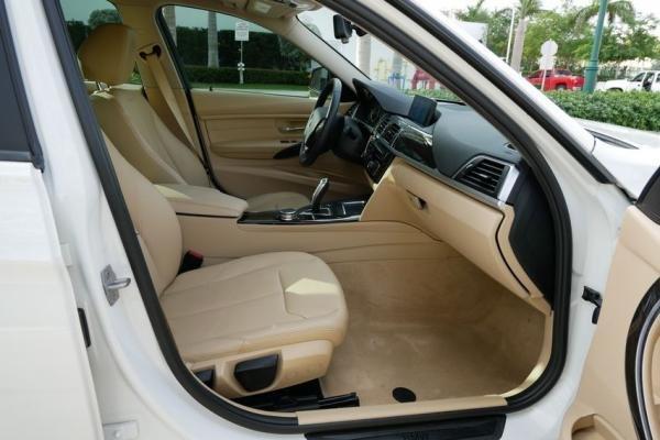 2016 BMW 320i Full Loaded