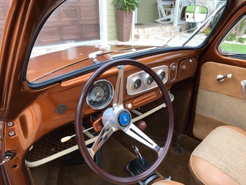 Cars - 1952 Volkswagen Beetle-Classic Rag Top