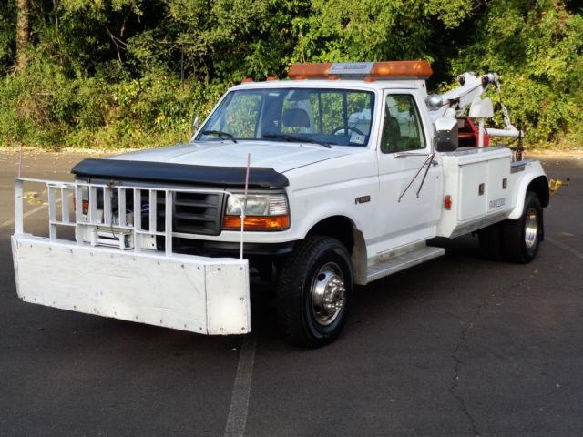 Cars - 1994 Ford F-450 SD DUALLY WRECKER HAULER TOW PICKUP TRUCK