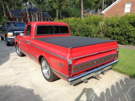 1971 Chevrolet C10 Cheyenne Red