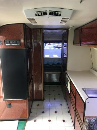 1973 GMC Canyon Land 26Ft Motorhome