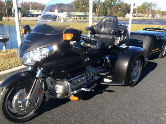 2007 Honda Goldwing 1800 Champion Trike Conversion Escalade trailer