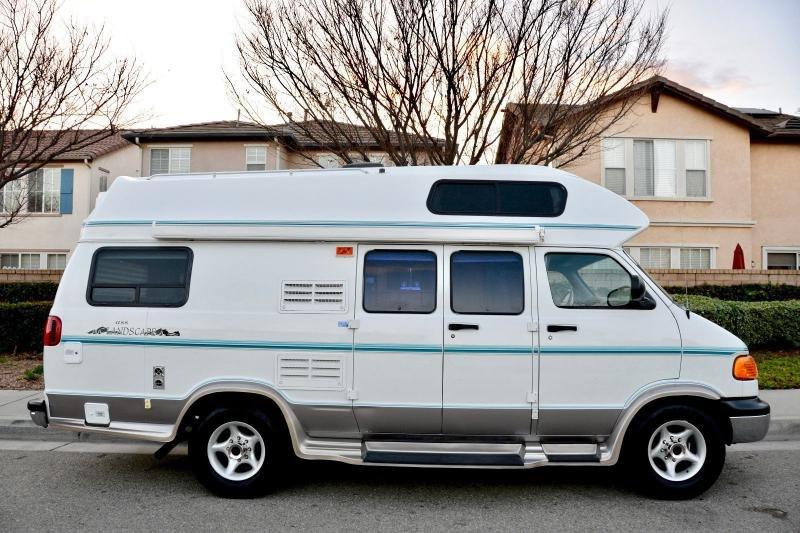 Motorhomes - 1999 Dodge American Cruiser Class B Camper Van