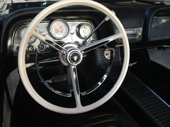 1959 Ford Thunderbird Convertible 352 V8