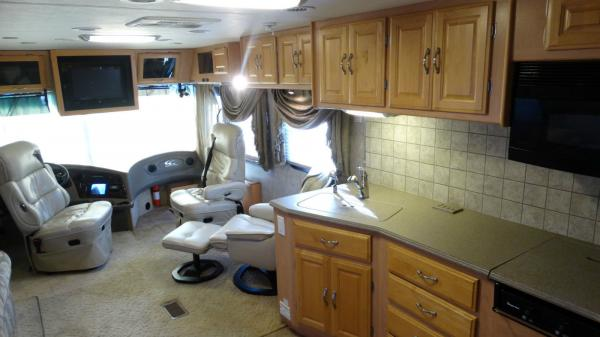 2005 Coachmen Cross Country Rv Motorhome Diesel Pusher