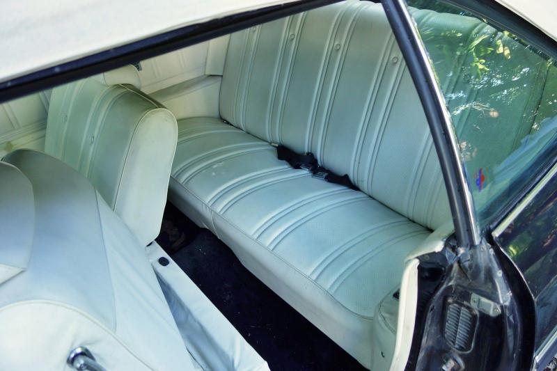 Cars - 1975 Chevrolet Caprice Classic Convertible 350 V8