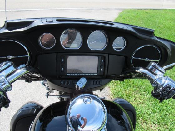 2016 Harley-Davidson FLHTCUG Tri Glide Ultra Trike