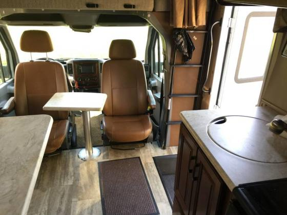 2015 Forest River Sunseeker MBS 2400R 3.0L V6 188hp
