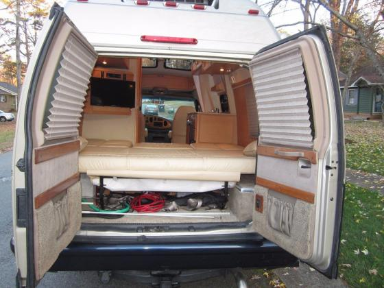 2007 Ford Pleasure Way Econoline Widebody Class B Conversion