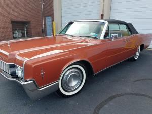 1966 Lincoln Continental Convertible 462