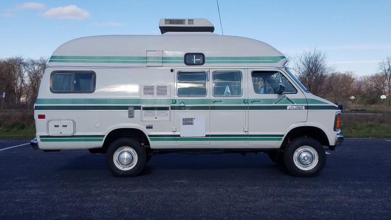 Motorhomes - 1985 Dodge B3500 Xplorer Class B Camper Van 5 9