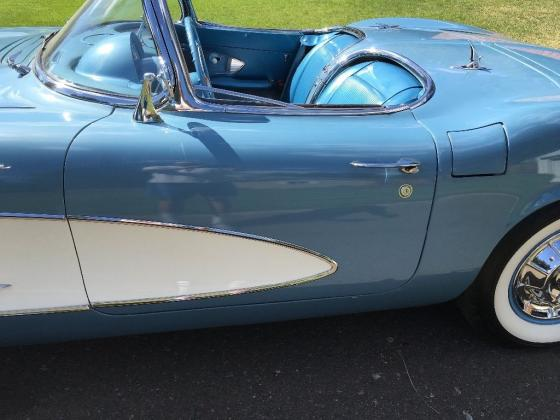 1961 Chevrolet Corvette Convertible 283 Manual