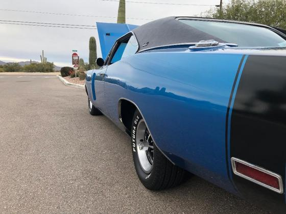1970 Dodge Charger RTSE Factory 440 4 speed B5 blue six pack
