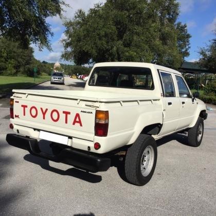 1987 Toyota Tacoma Zero Rust 4WD