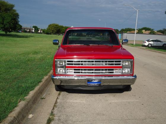 1985 Chevrolet C-10 Silverado Power Engine