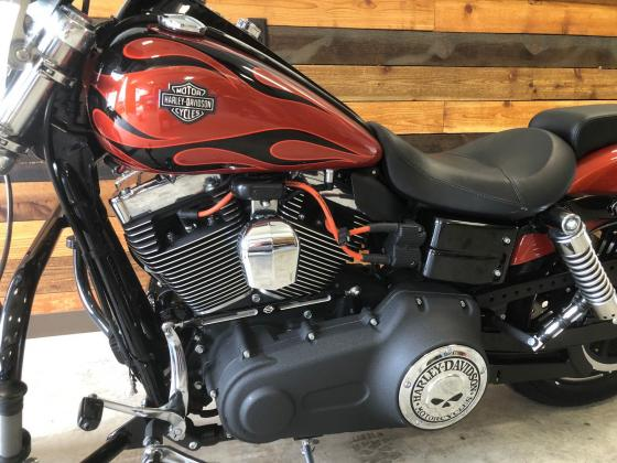 2011 Harley-Davidson FXDWG Dyna Low Miles