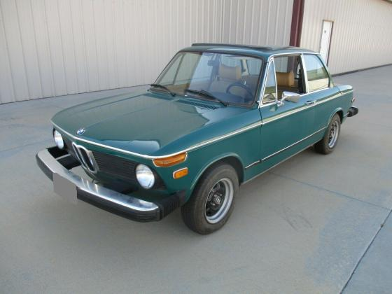 1974 BMW 2002 Coupe 4 Speed-Sunroof-Rust-Free
