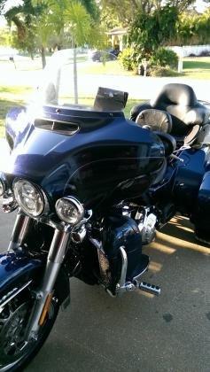 2014 Harley-Davidson Touring Tri Glide FLHTCUTG 103ci