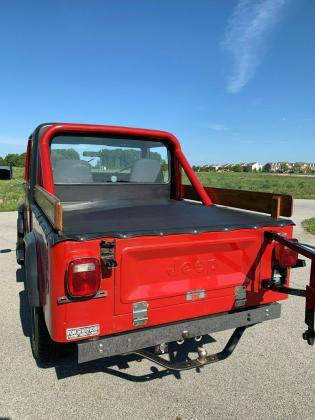 1982 Jeep CJ-8 Scrambler 4x4 Convertible