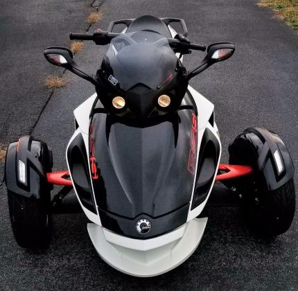 2014 Can-Am Spyder RS-S SE5 Trike Low Miles!
