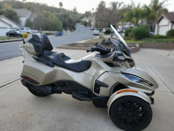 2018 Can-Am Spyder RT Limited With Reverse Pristine Condition