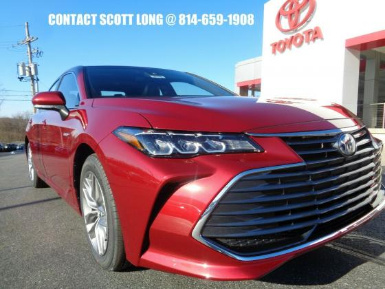 2020 Toyota Avalon New 2020 Avalon Hybrid Red XLE