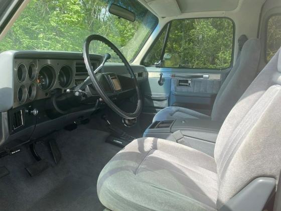 1987 Chevrolet Blazer K5 Low Miles V8 4x4