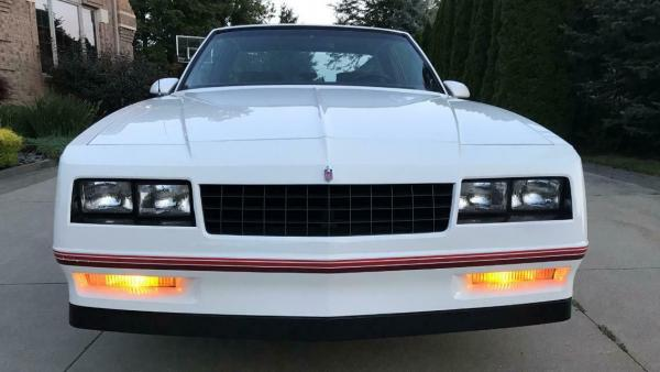 1988 Chevrolet Monte Carlo SS Coupe 305